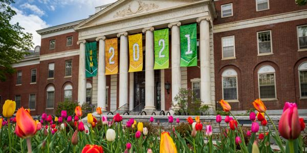 Waterman Building celebrates UVM Class of 2021 with prominent banner at entrance