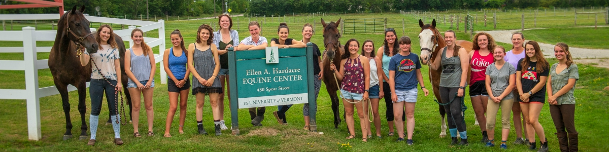 2018 Horse Barn Coop Students at the MRC on the lawn