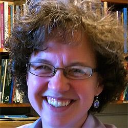 Maureen Neumann headshot