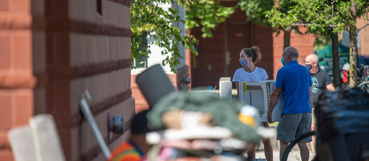 Move-in day at the University of Vermont