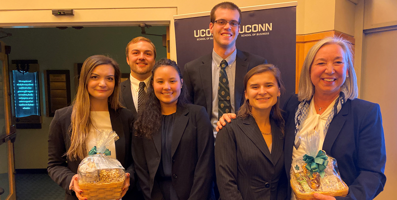 grossman school of business, uconn case competition