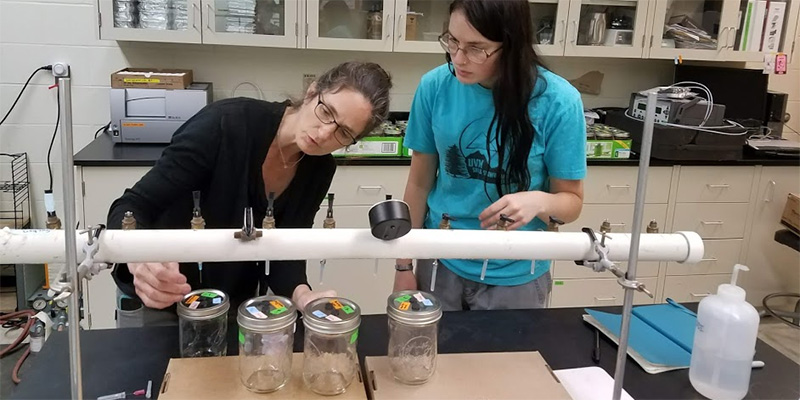 Carol Adair and Julia Pupko in lab