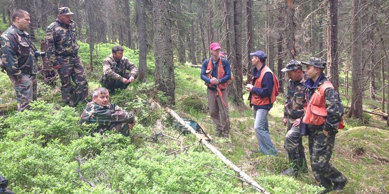 Bill Keeton training Ukrainian forest rangers in forest measurement
