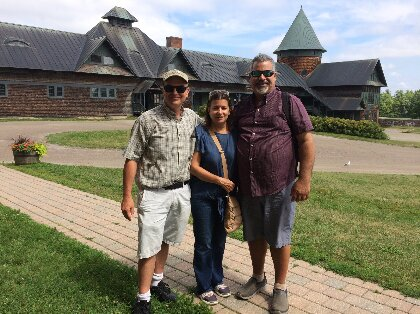 David Conner of UVM (l) with Maria & Robinson from UPRM at Shelburne Farms.