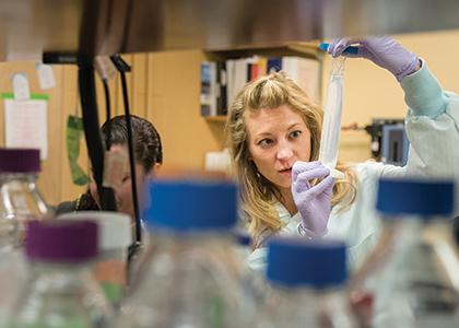 Rachel Oldinsk in her lab