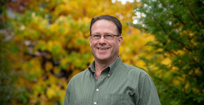 Associate Professor Mark Starrett