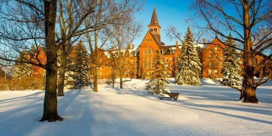 Winter scene on the UVM Green