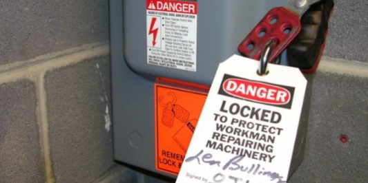 Lockout tag on electrical box