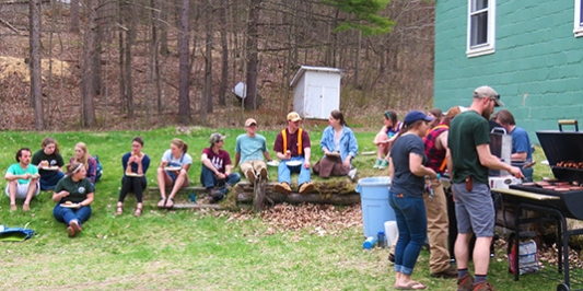 Students have picnic at Jericho Research Forest