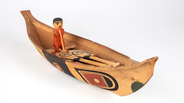Northwest canoe model