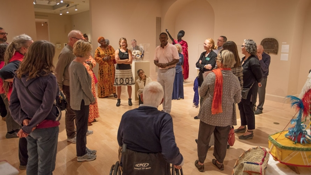 Professore Randy Matory leads a gallery tour
