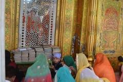 Prayers in Nizamuddin