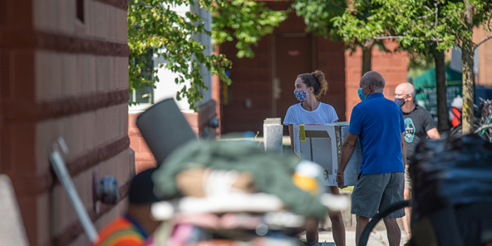 Families and students move in at the University of Vermont