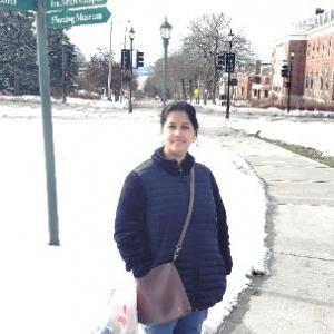 Shanti on UVM campus in the snow