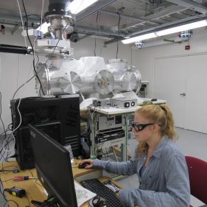 Sommer Johansen in her lab