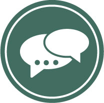 Icon with two white speech bubbles on a dark green background