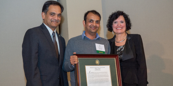 akshay mutha, uvm, grossman school of business