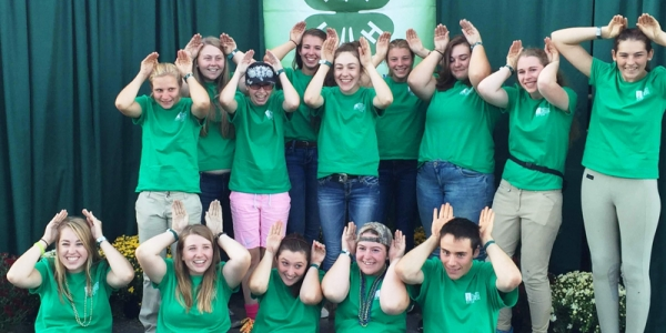 Vermont 4-H horse delegation to Eastern States Exposition - 14 youth