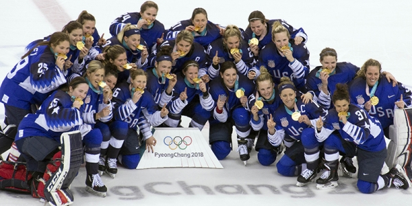 US Women's Hockey Team with gold medals