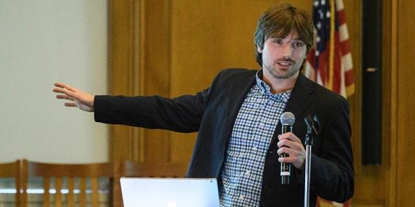 "Dan Orfeo presenting at ""Design it, pitch it, fab it"""