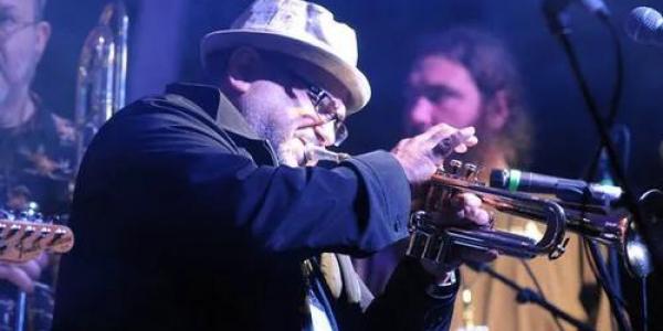 Ray Vega at Pond Fest (credit Laura Carbone)
