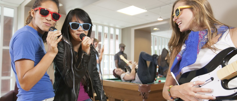 Sunglass singing students